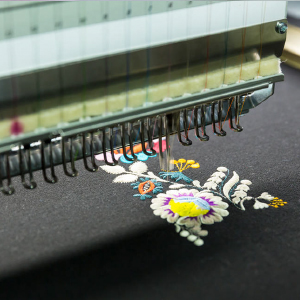 EMBROIDERY OPERATION 绣花操作